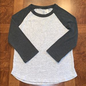 H&M baseball tee green/gray size S